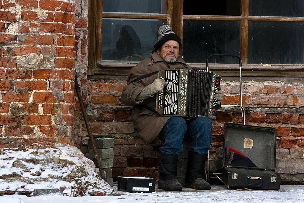 одном реальная жизнь в россии жизнь в глубинке смехом