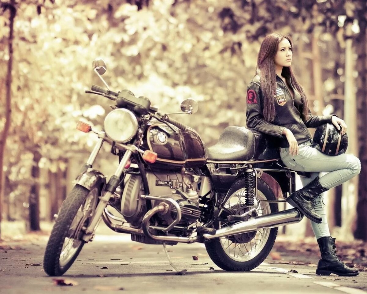 motorcycle-girl-pictures