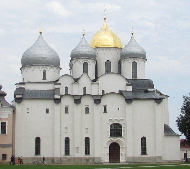 21 сентября 1051 года освящен Софийский Собор – первая и важнейшая святыня Великого Новгорода