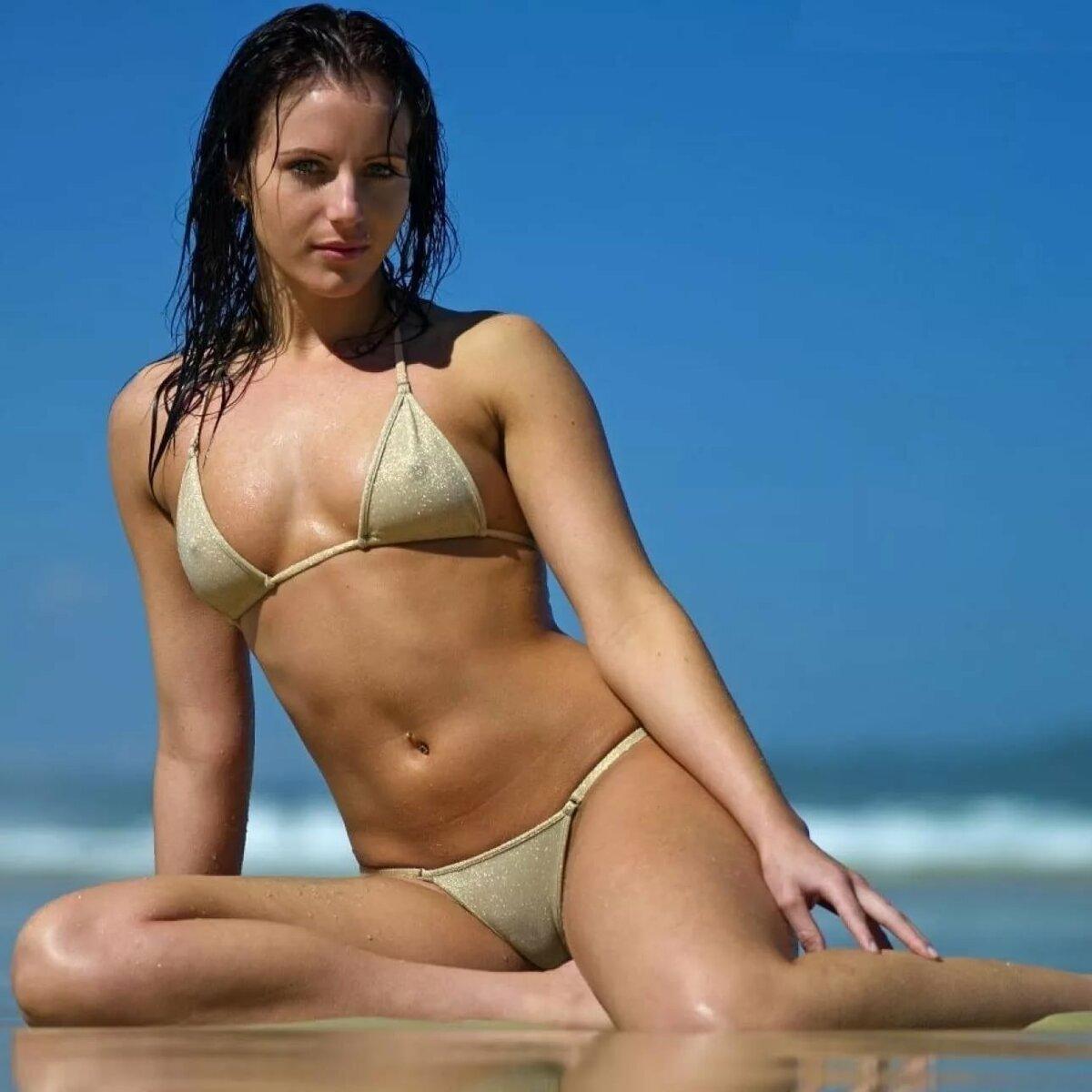 Flo rida micro bikini