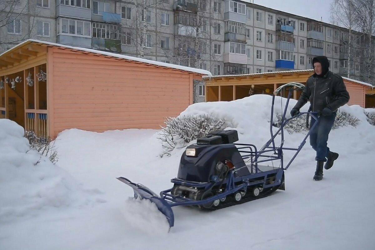 Снегоуборщик из мотобуксировщика Бурлак-М