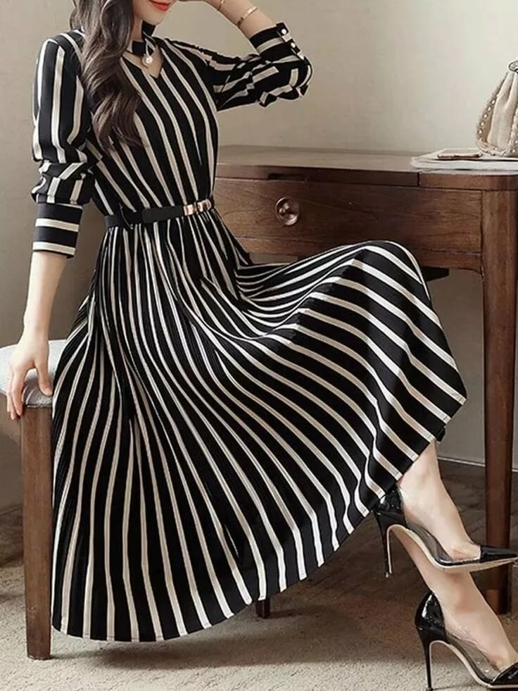 бабкина как можно перешить платье в полоску фото это