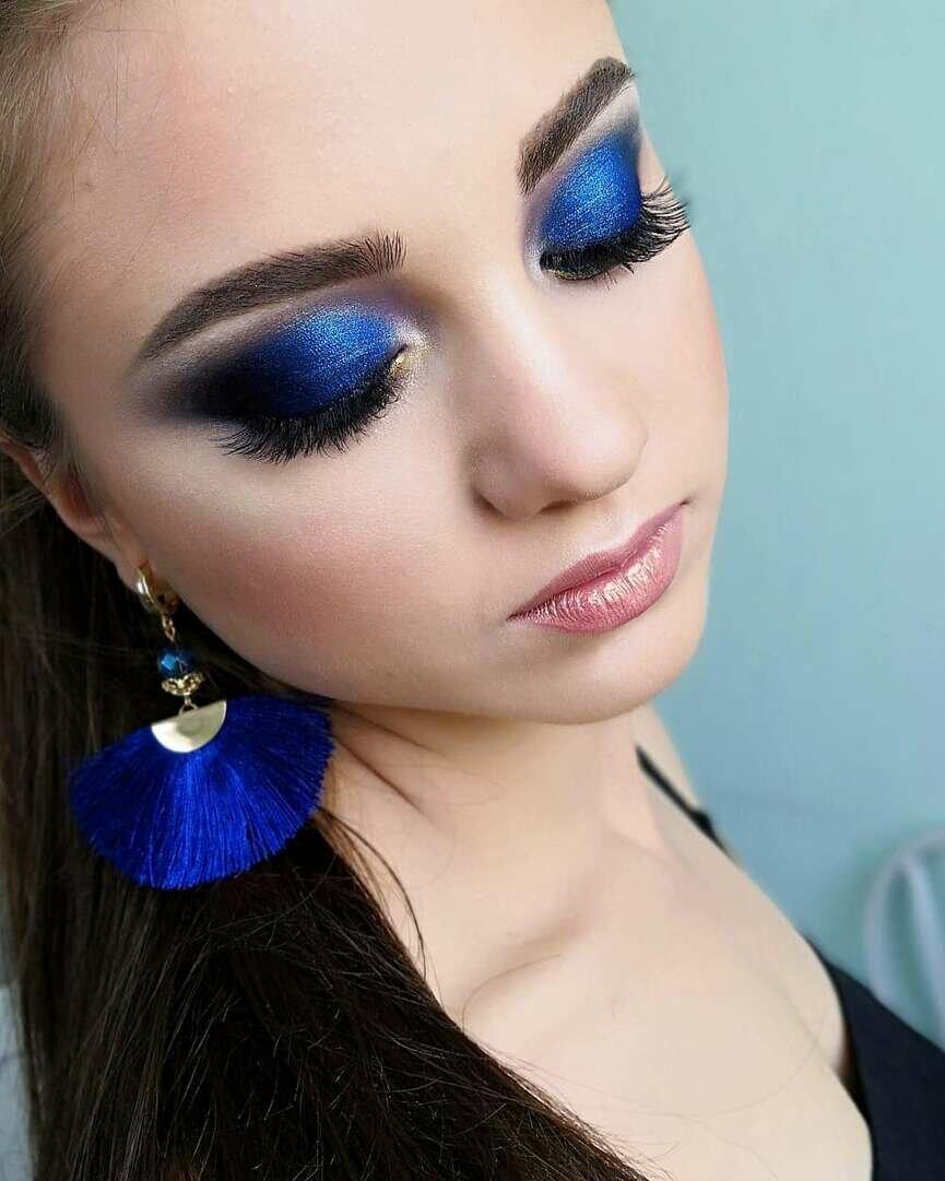 картинки макияжа под синее платье как