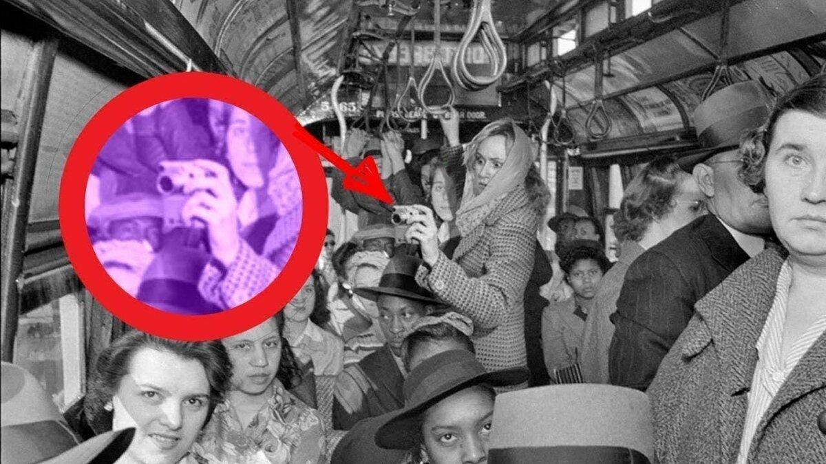 выживает почти фото путешественников во времени объяснение описание как