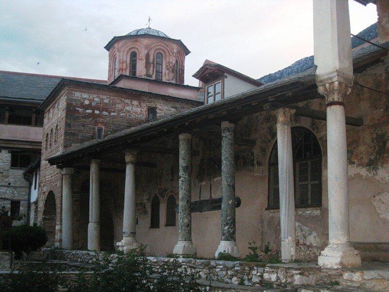 Лавра Святого Афанасия или Великая Лавра