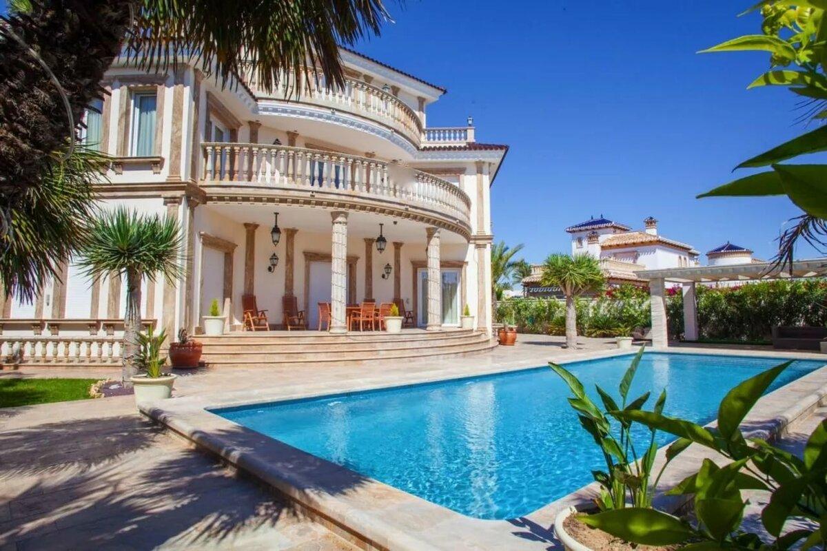как продать недвижимость за границей
