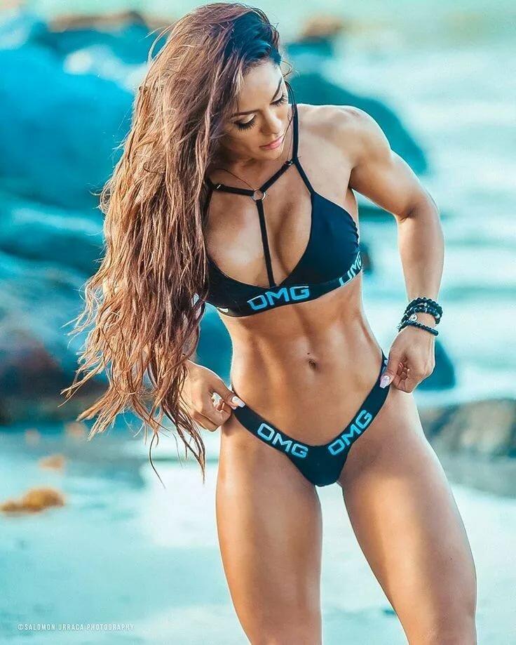 Fit bikini girl — img 15