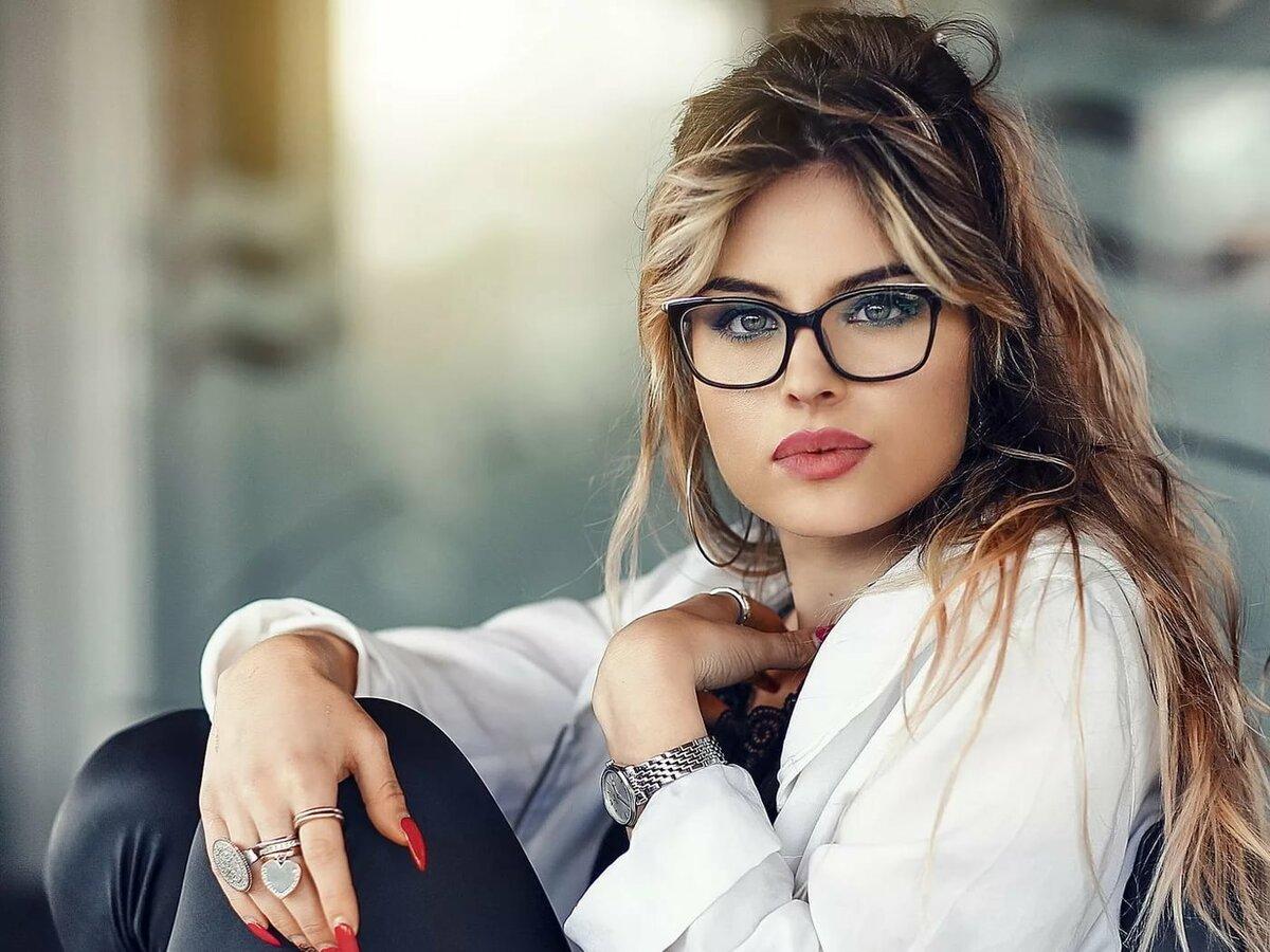 Красивые фото в очках