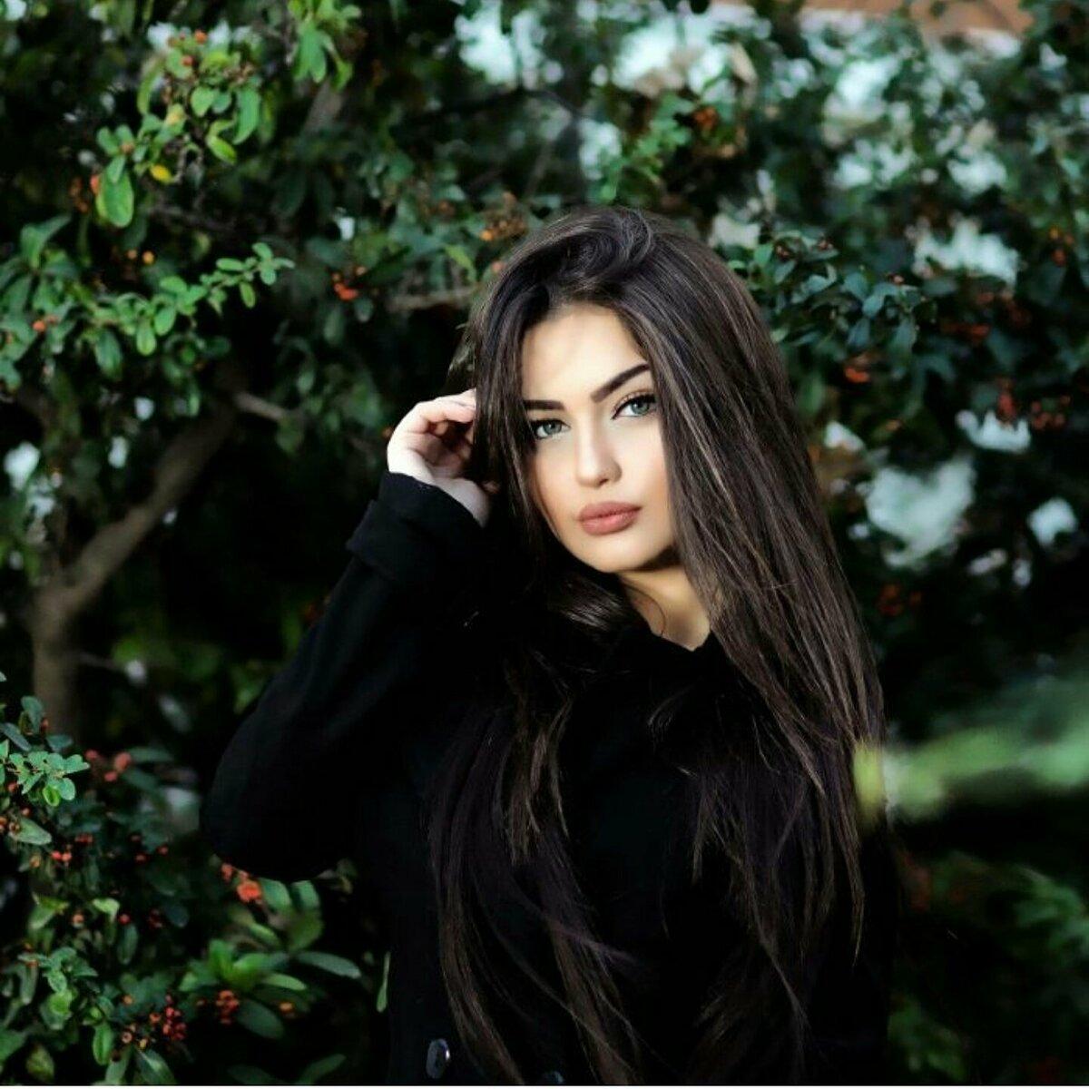Красивые скромные картинки девушек кавказа