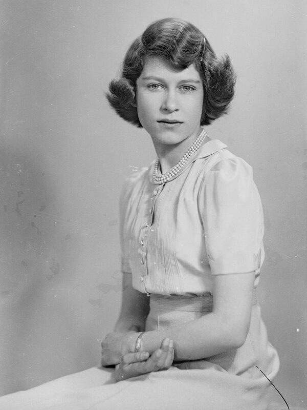Королева англии елизавета фото в молодости