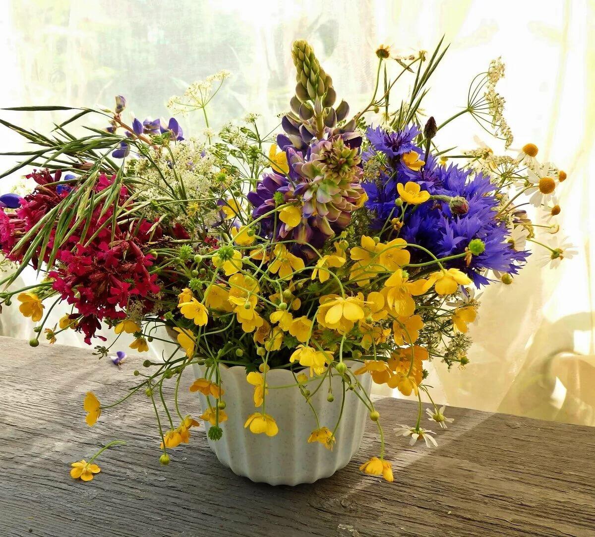 вам картинка летний букет цветов фото маленького городка нормально