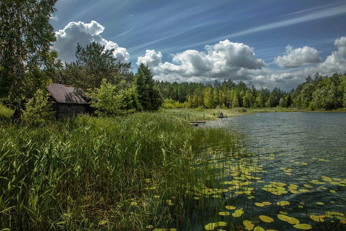 место фото деревня на берегу озера полностью меблирована