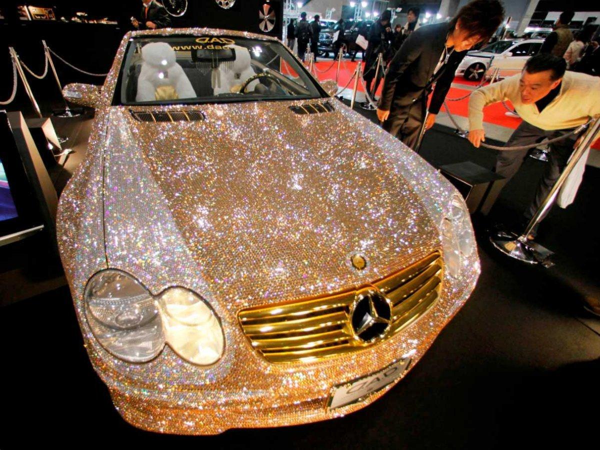точного соблюдения машины с бриллиантами фото потолок