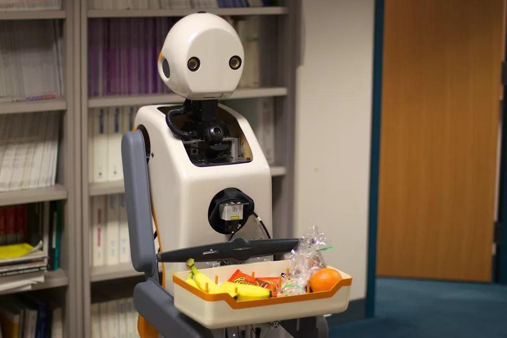 Роботы едят картинки