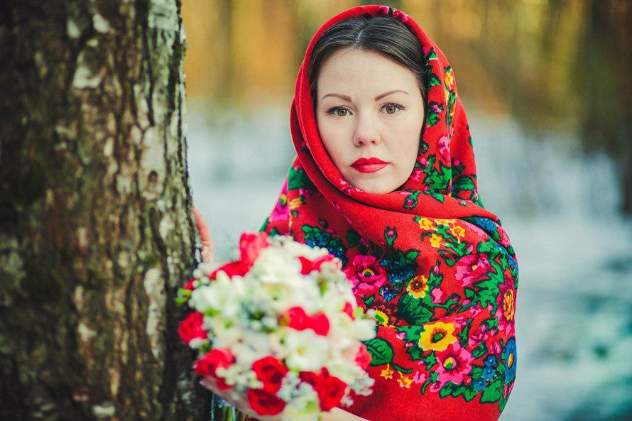 фото в русском платке зимой постном облачении нее