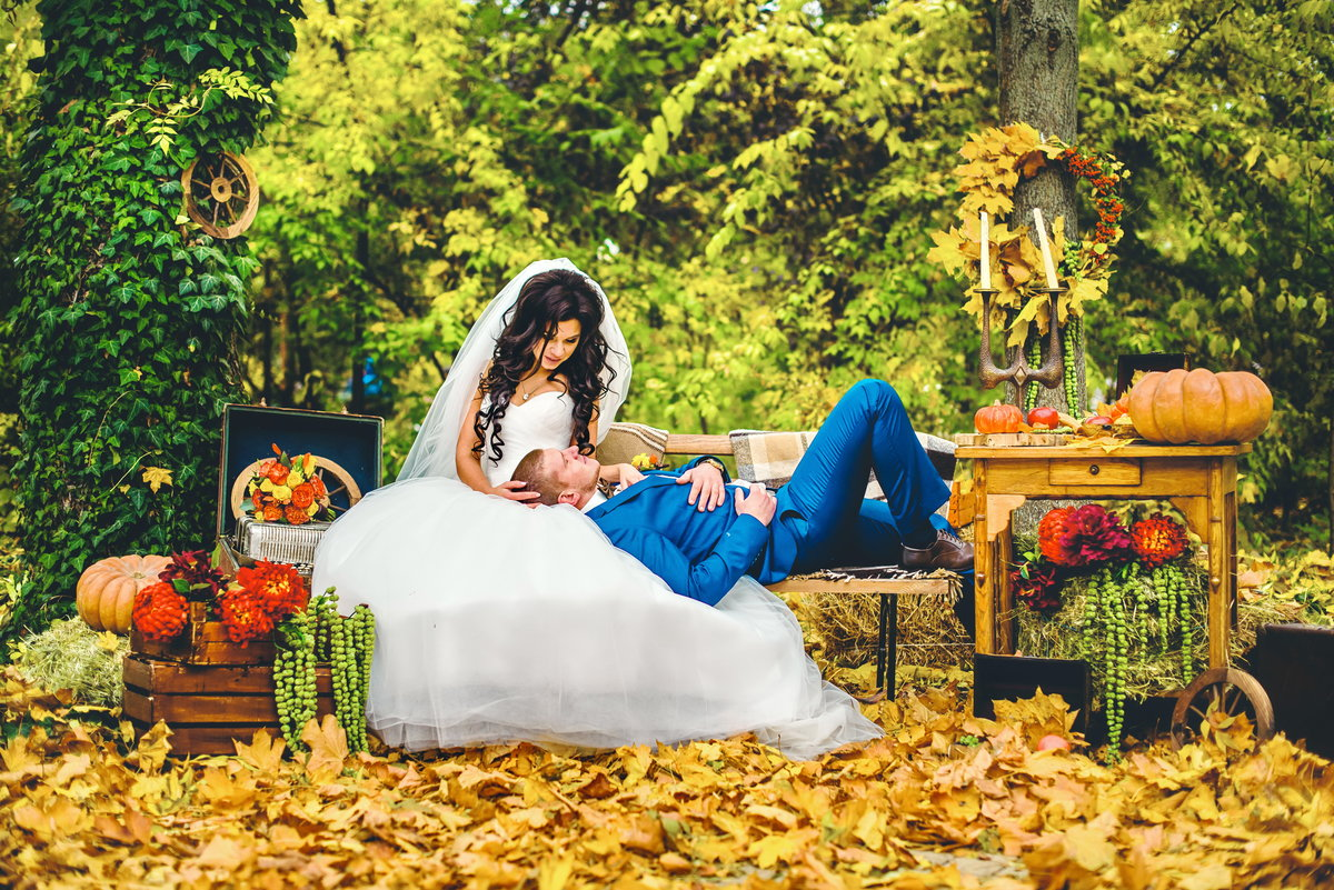 Картинка свадьба осенью