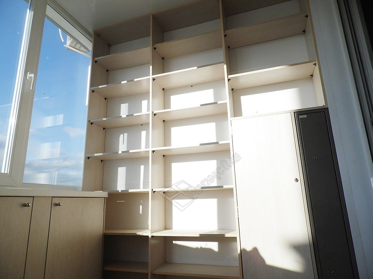 """Изготовление встроенной мебели для балконов и лоджий."""" - кар."""