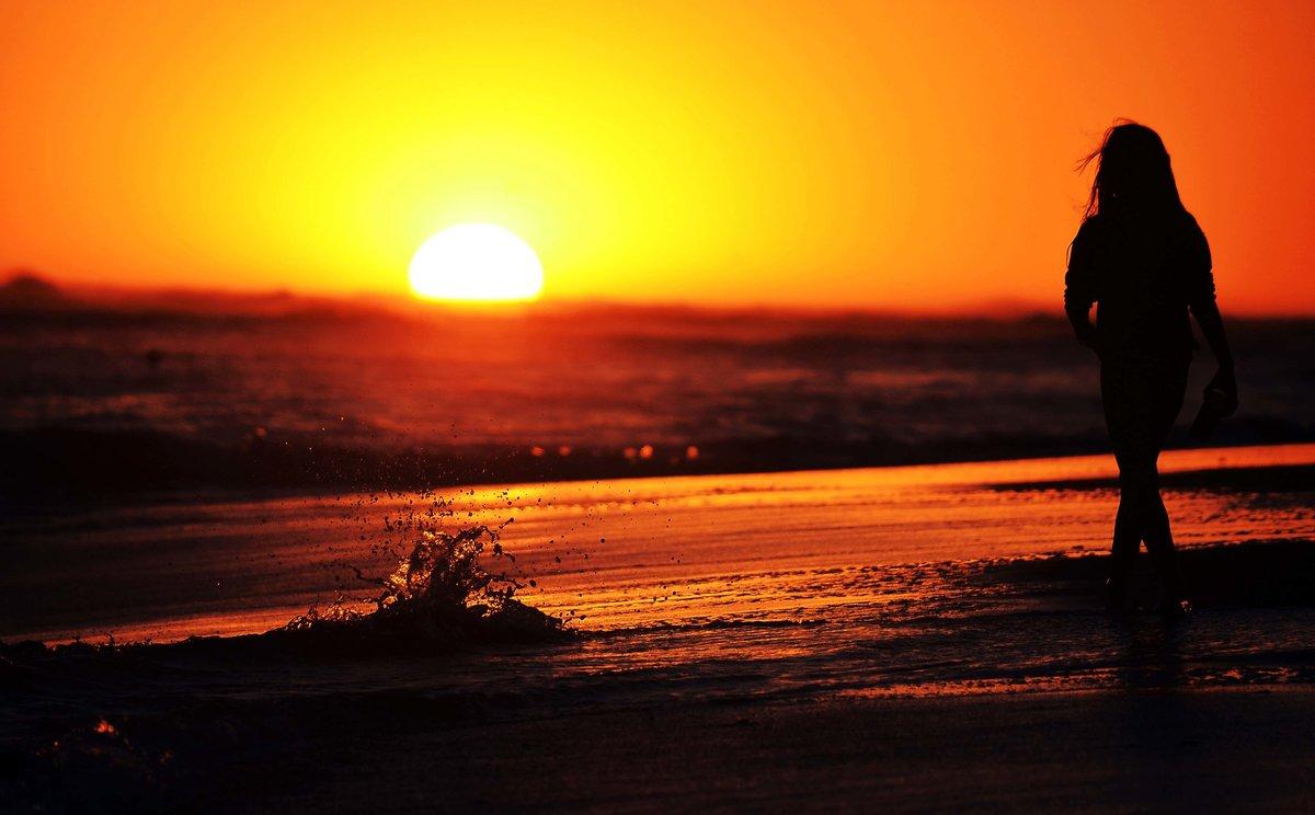 Картинки на аву закат солнца и девушка