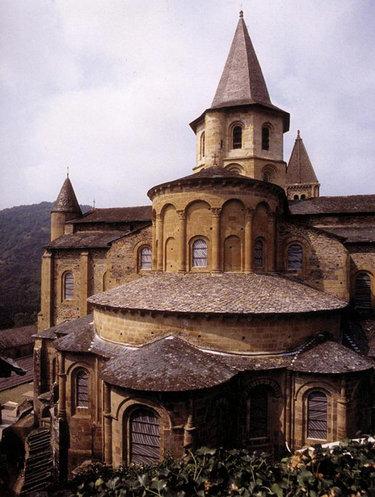 романский стиль в архитектуре средневековья