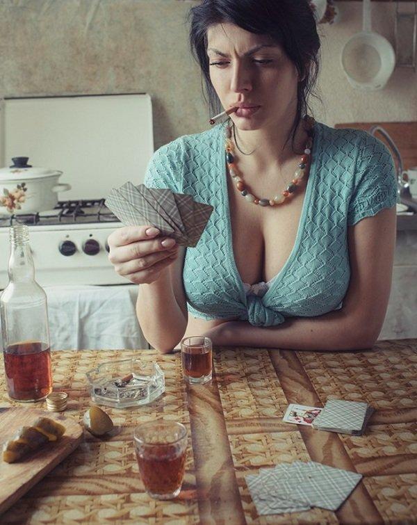 раздевание сейчас играть в на карты