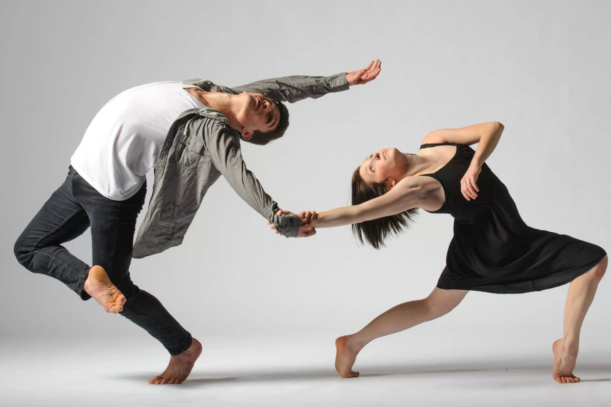 modern dance 3 essay A listing with links to the essays of dance essays written by dawn lille and francine l dawn lille, trained in ballet, modern dance and labanalysis.