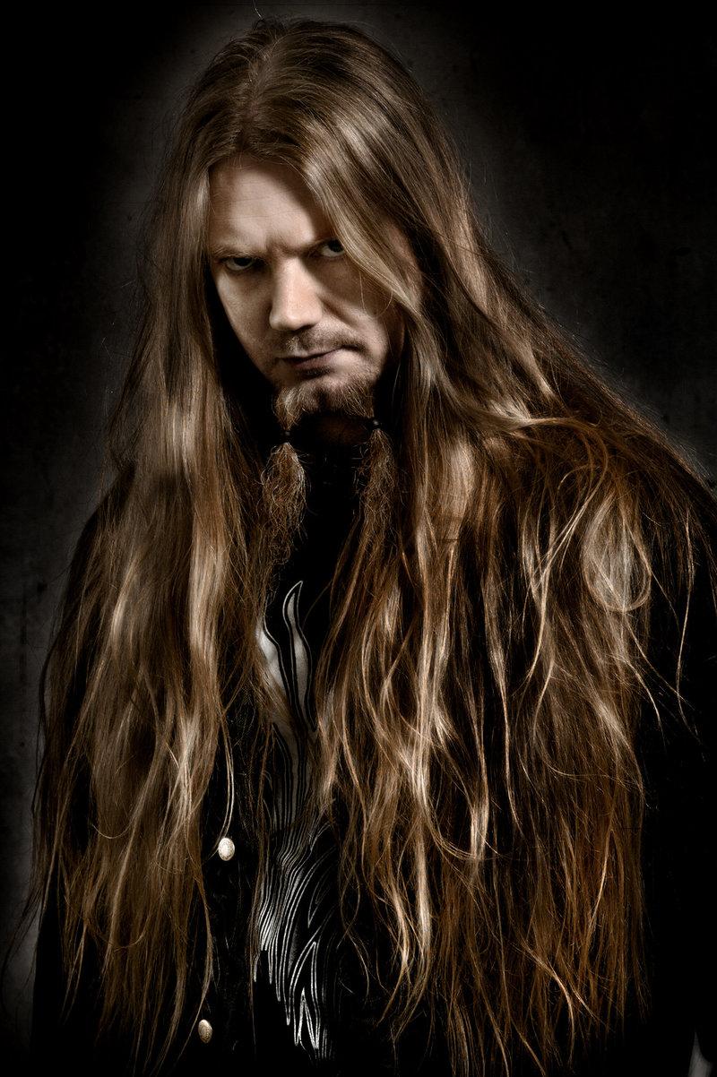 Рокеры с длинными волосами