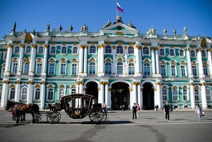 Россия что нужно посетить в питере Карловы
