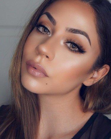 Возбуждающе накрашенные девушки, красивые пизды онлайн фото