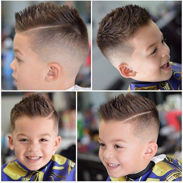 А вот стилисты советуют выбирать стрижку «под горшок» только тогда, когда у малыша густые и прямые волосы, в ином случае лучше рассмотреть другие красивые стрижки для мальчиков.