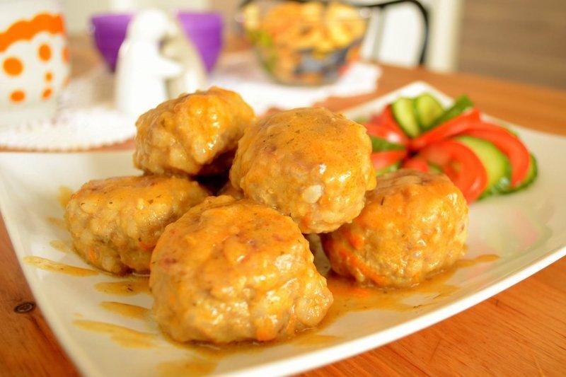 Рецепт тефтелей в соусе на сковороде