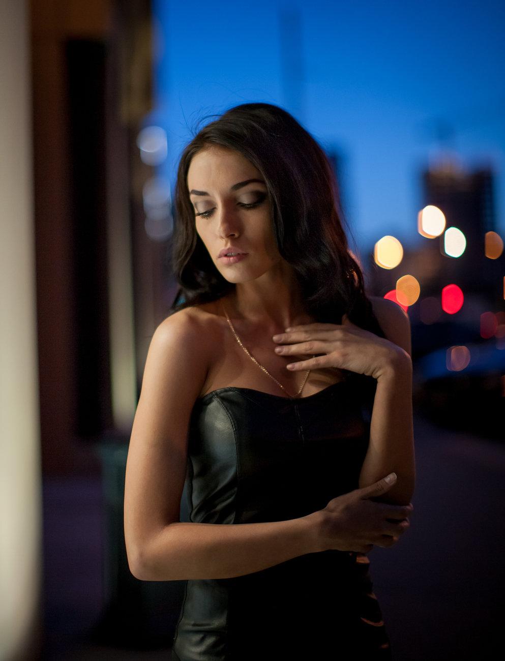фотопортрет в ночном городе детали