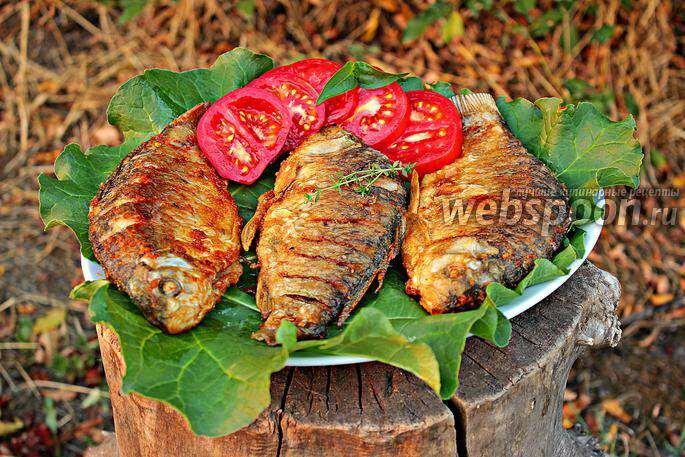 Жареные караси с луком рецепт с фото