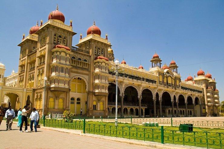 5f14e68a7604 Майсурский дворец — дворец, расположенный в центре города Майсур в  индийском юго-западном штате