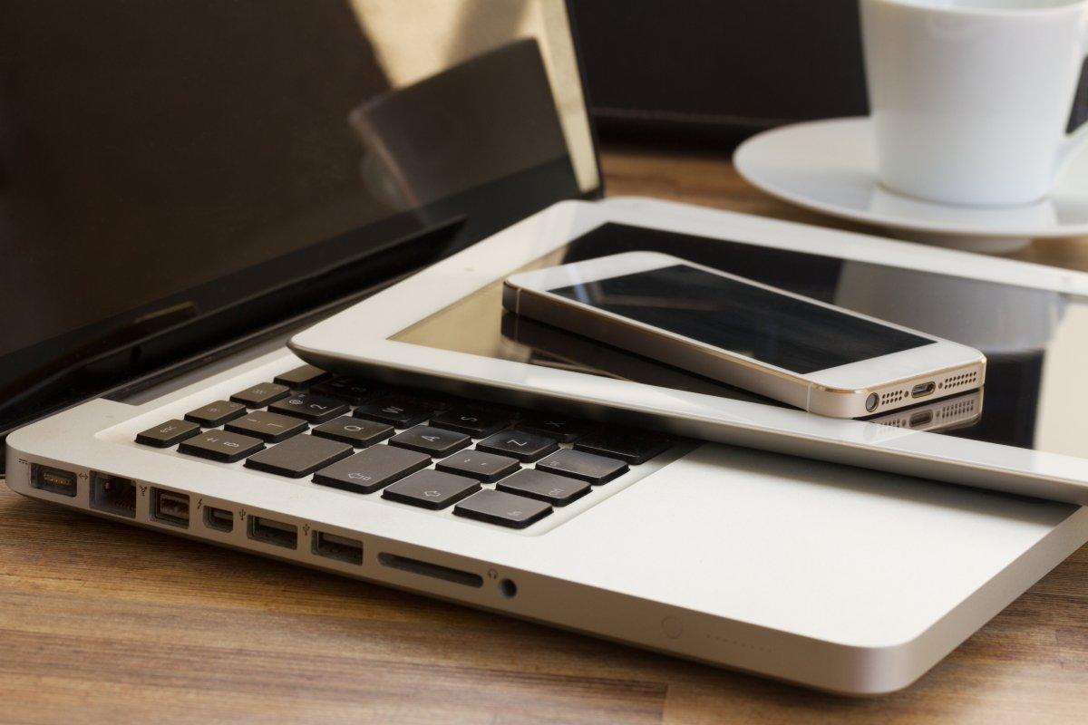 картинки телефоны с ноутбуками правило для прямоугольных