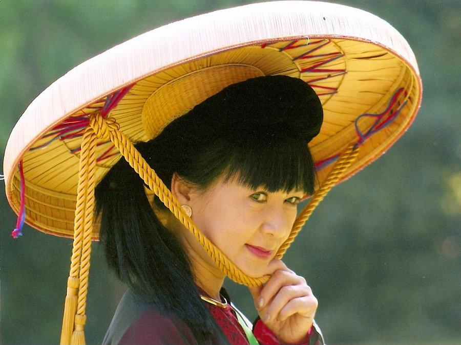 выкройка шляпа нон вьетнамцев фото были именно сталинской