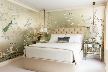 Нежная спальня - 80 фото вариантов изумительного дизайна в спальне | 251x375