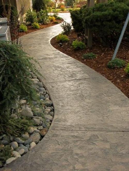 как сделать бетонную дорожку в саду
