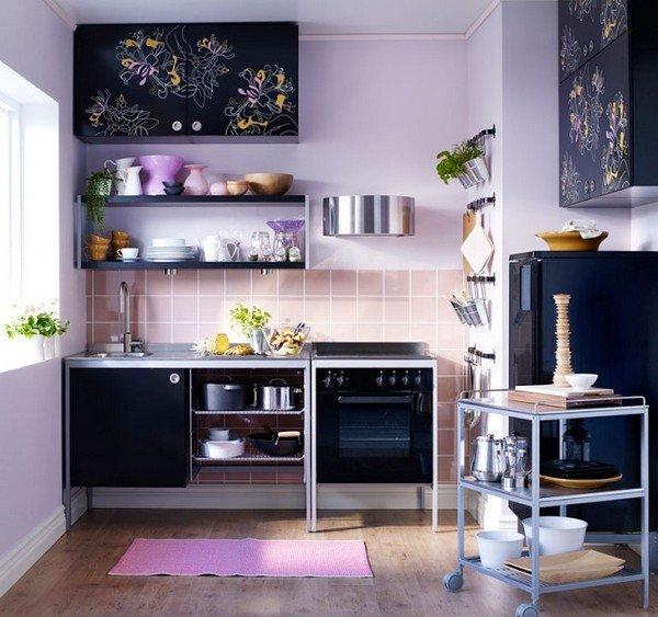 Многофункциональная мебель как никогда актуальна на маленькой кухне.