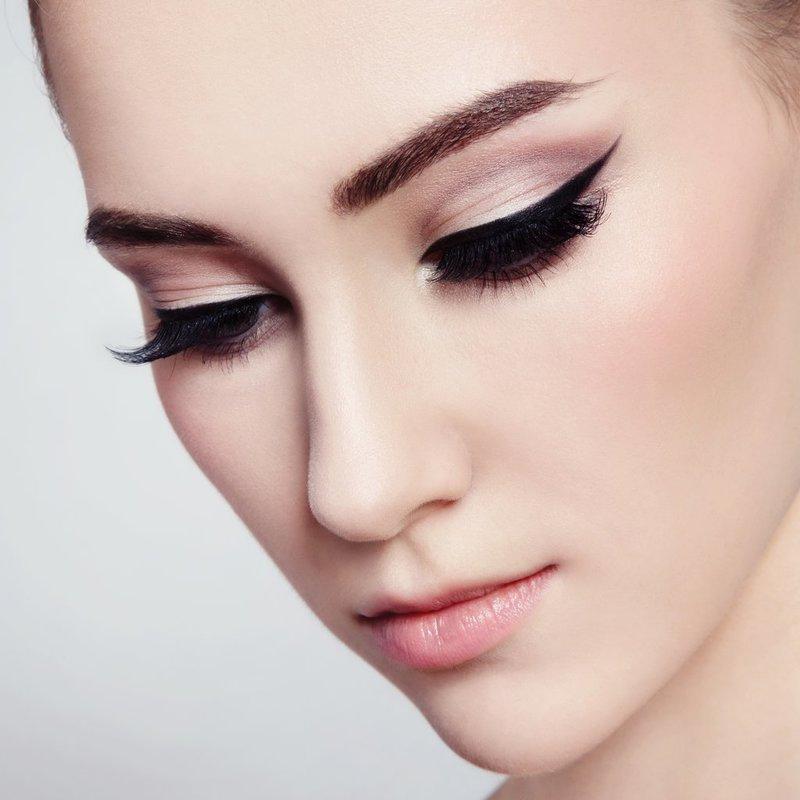 Свадебный макияж 2017 кошачьи глаза