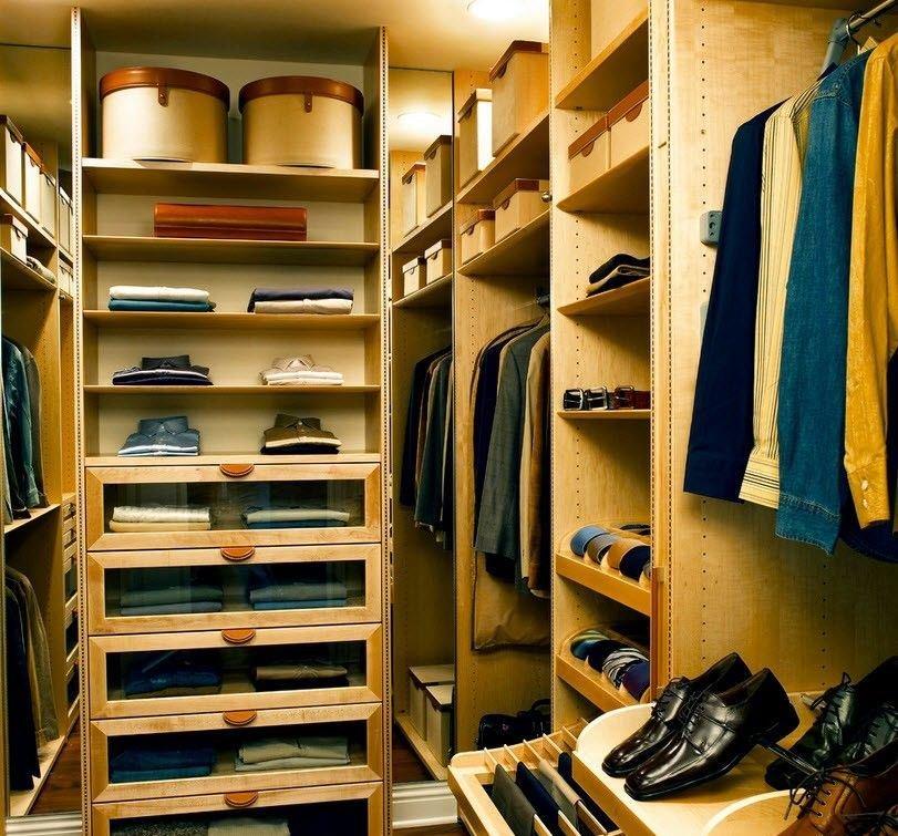 """Дизайн-проекты маленьких гардеробных комнат """" - карточка пол."""