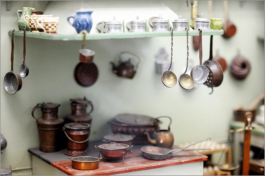 руками посуда декорированная своими