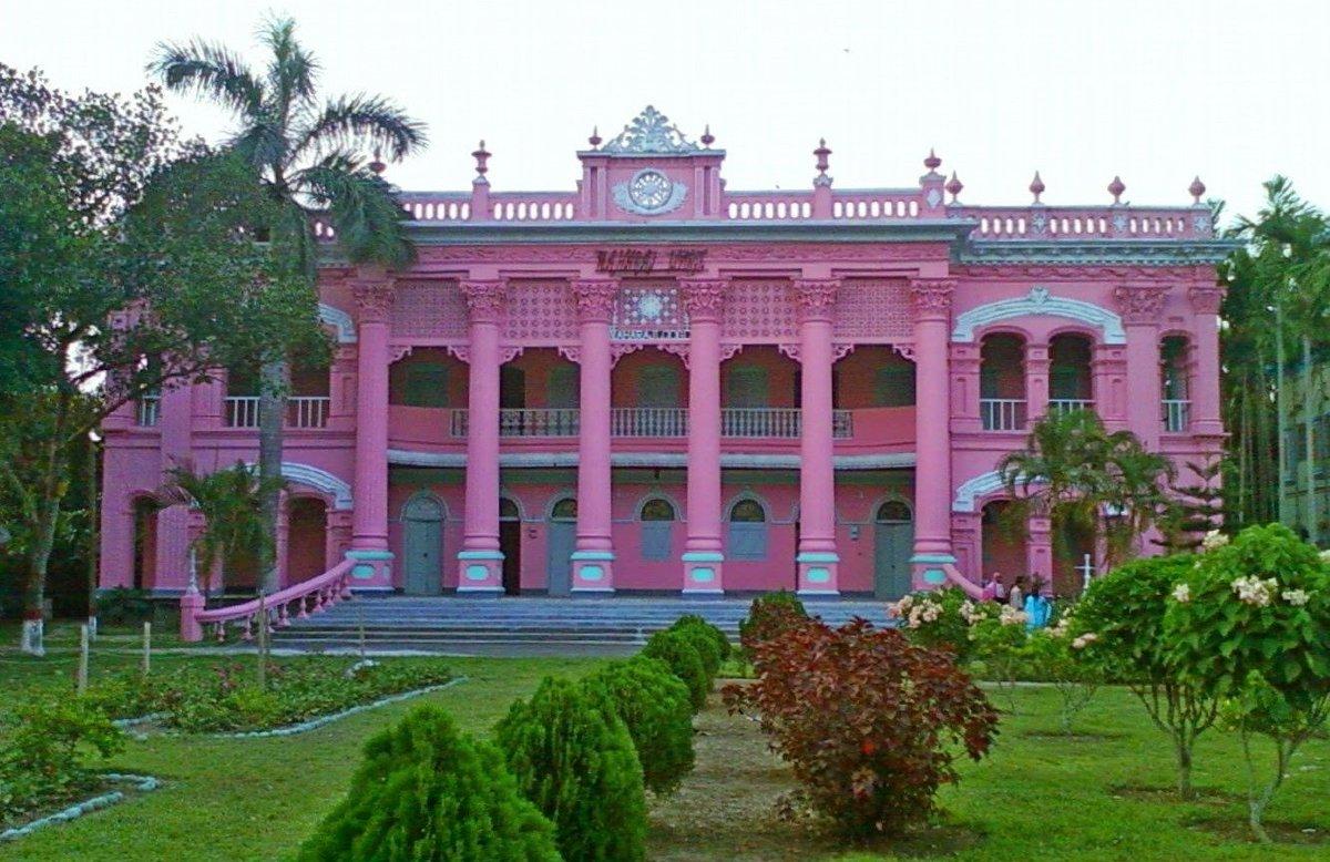 розовый дворец фото ответ получите
