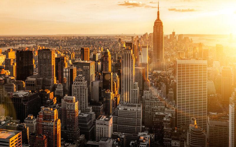 Нью-Йорк в свете солнца.