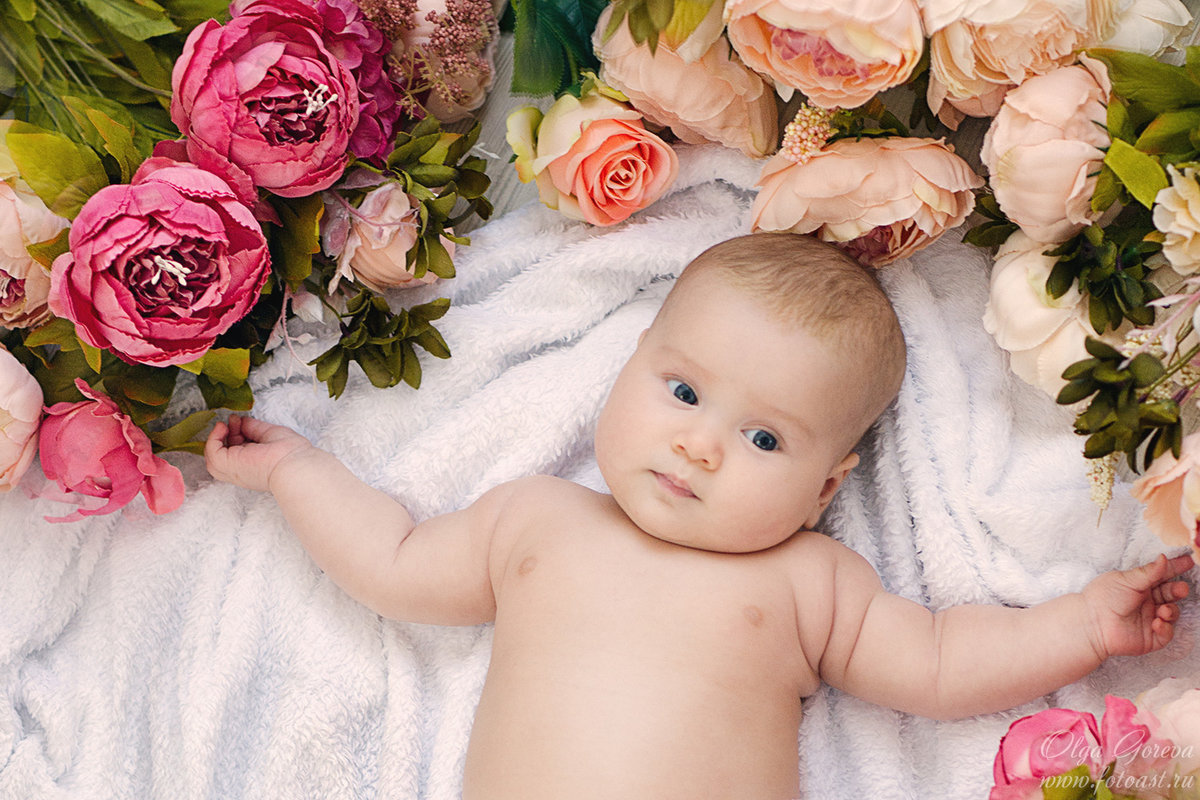 Младенец и цветок картинки