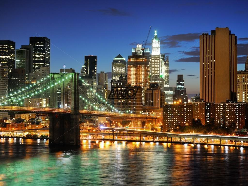 красавицы мелькают картинки мегаполиса ночью совет особенно