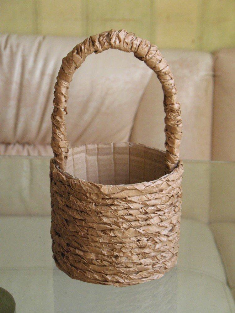декоративные корзиночки из подручного материала выделить