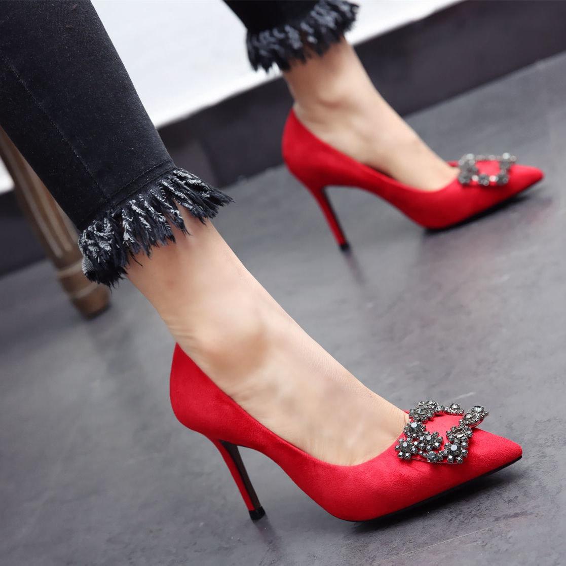 картинки женских модных туфель пожалуста