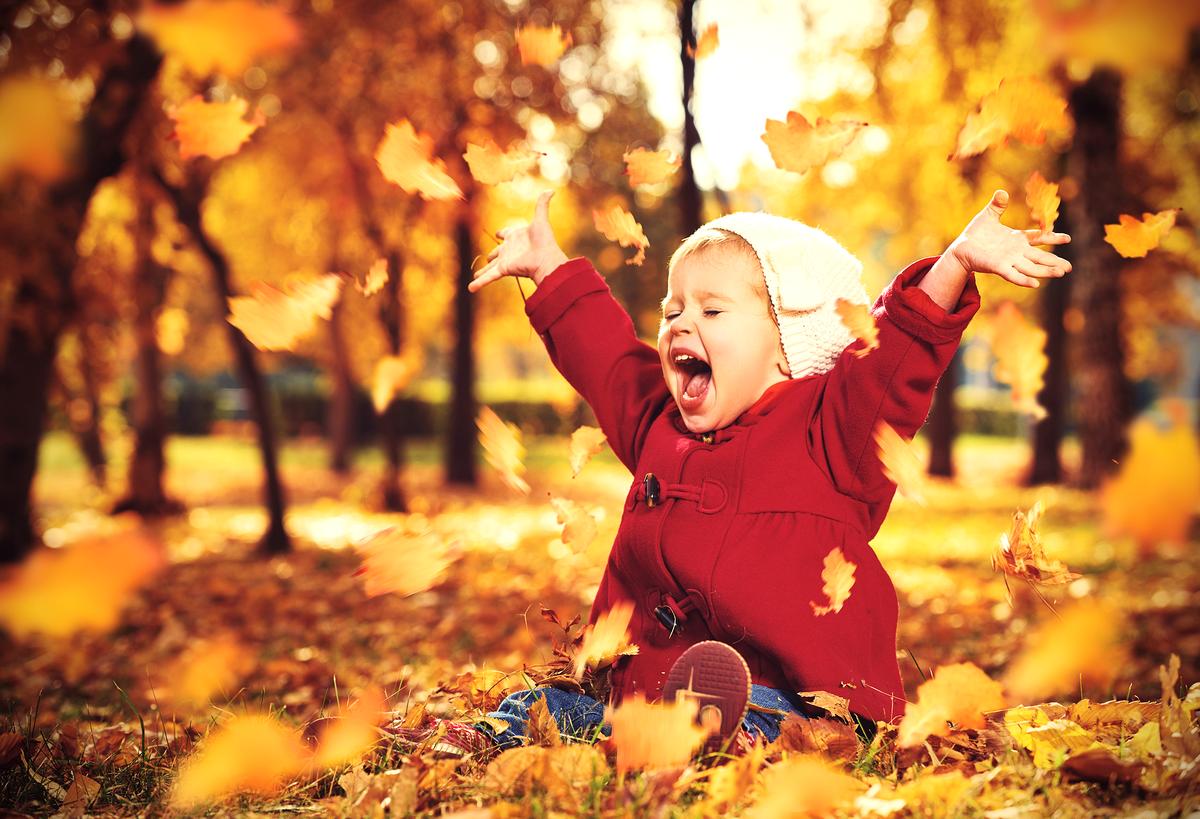 Картинки дети осенью играют, днем рождения сына