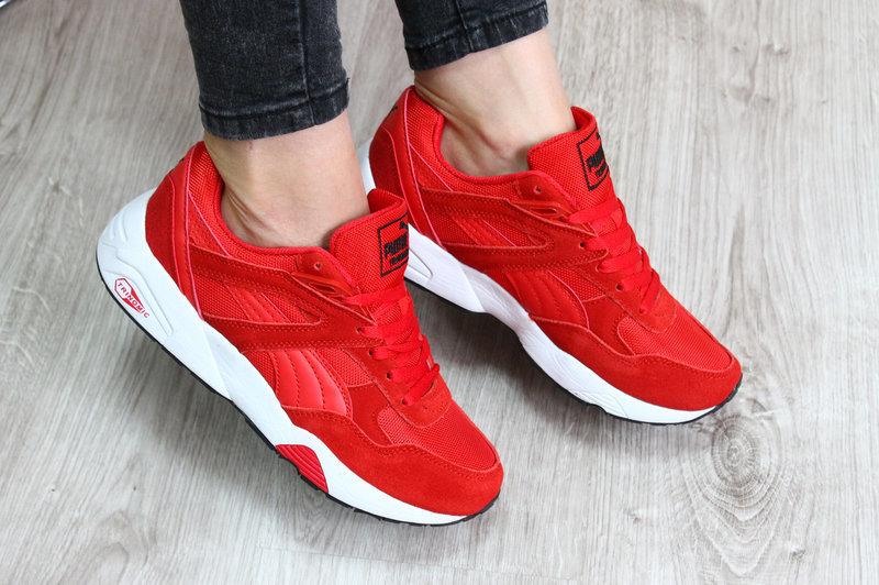 кроссовки красные фото