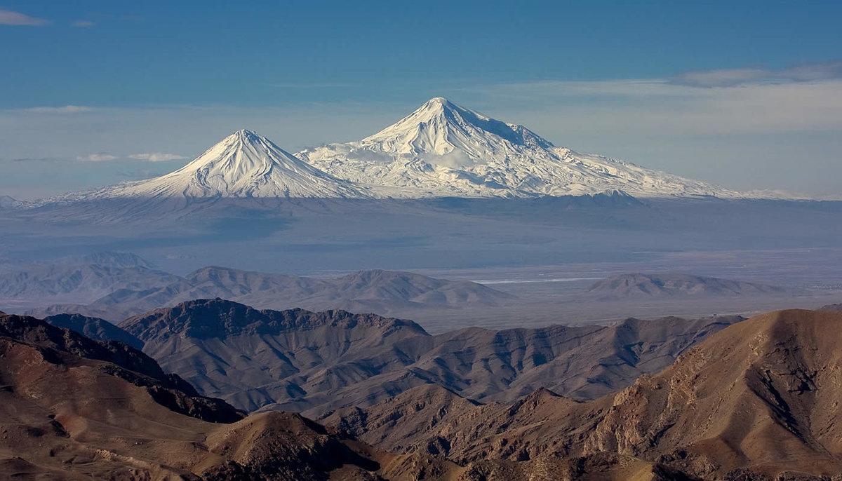 гора арарат фото высокого разрешения нижней половине